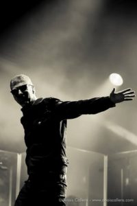 Etienne Daho photographié par Anaïs Callens , tournée du Diskonoir tour